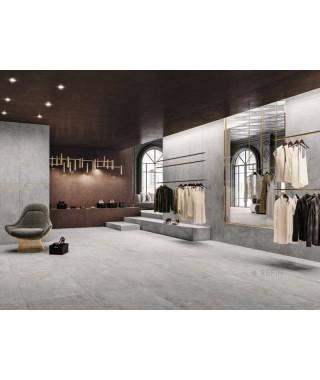 Carrelage intérieur gris clair imitation ciment dans showroom : Refin Mold 120x120 rectifié